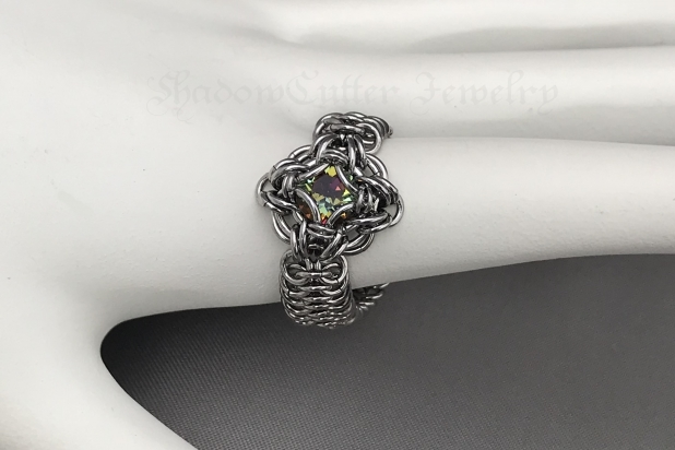 Chainmaille ring Stainless steel Celtic labyrinth Swarovski crystal Bermuda blue