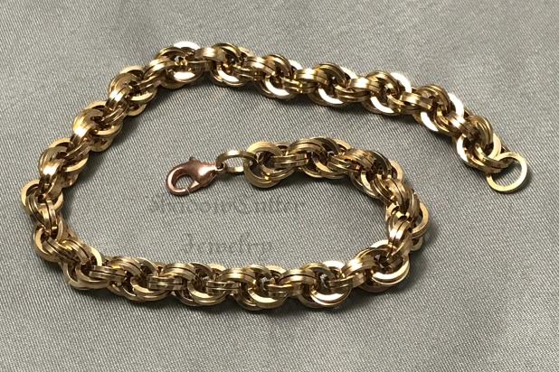 Spiral bracelet square bronze