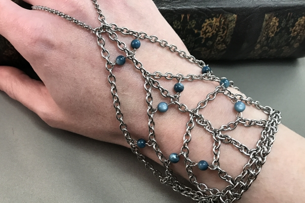Stainless chain handfower with blue river shell beads